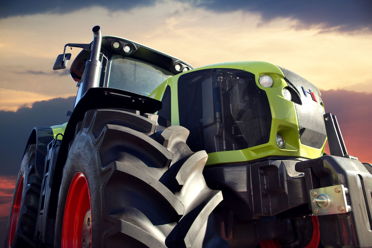 Traktor & Skavator